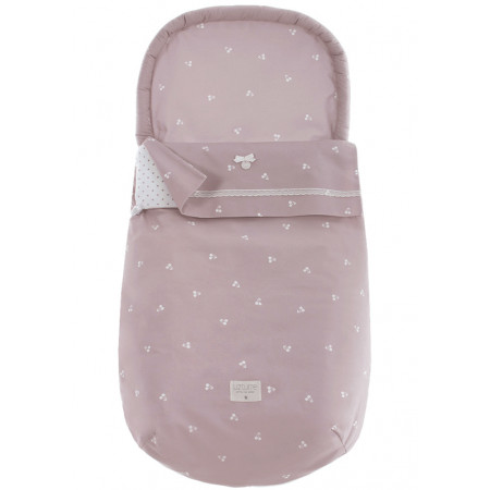 saco de dos usos coleccion emeli uzturre rosa empolvado en un capazo