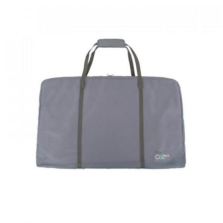 Cuna CoZee Bedside Crib de Tutti Bambini incluye una bolsa de viaje para transportar y proteger tu cuna