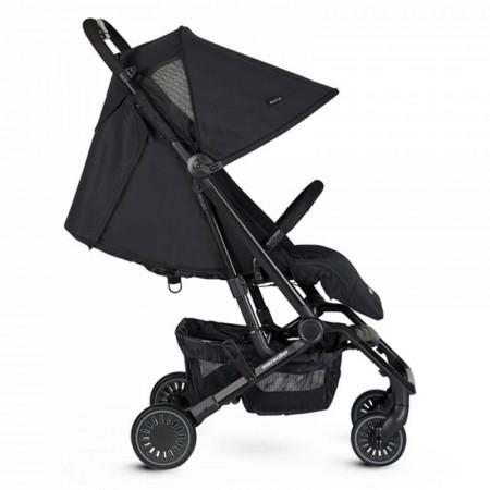 Silla de paseo Buggy XS de Easywalker en color Night Black. Respaldo horizontal