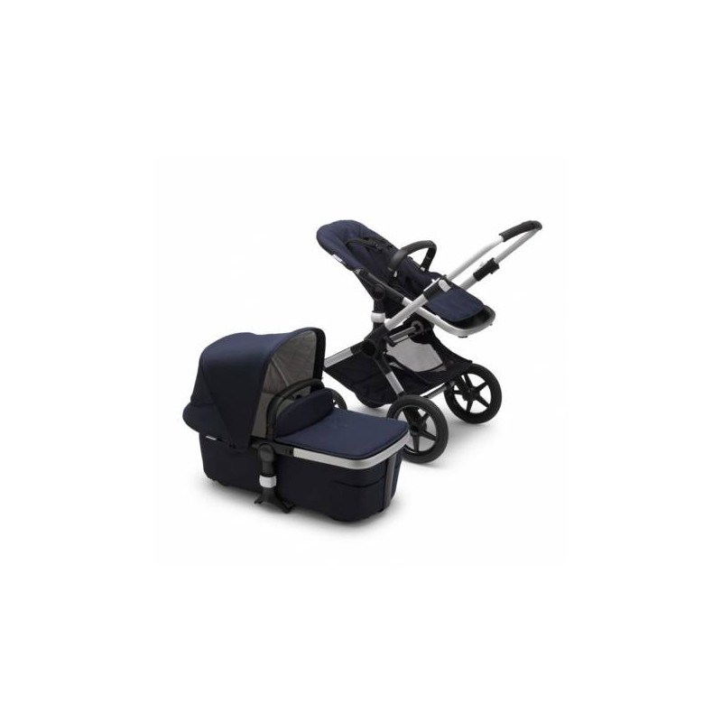 Cochecito Bugaboo Fox classic Collection en el color azul marino con chasis de aluminio