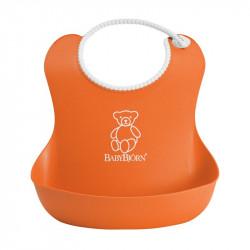 babero soft de babybjorn en color naranja