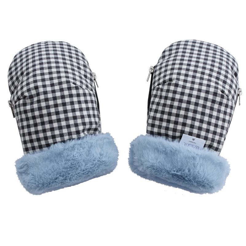 manoplas para carrito de uzturre con cuadro vichy negro y blanco con interior de color azul y pelo de mutón calentito