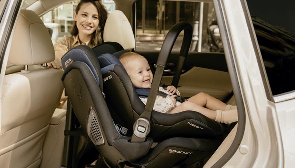silla de coche groowy y nest. Una silla de coche para bebés evolutiva que podrás usar durante toda la infancia de tu pequeño.